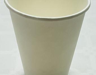 Бели еднослойни картонени чаши за топли напитки